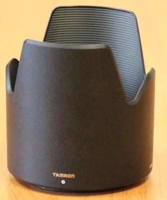 Tamron SP 70-300MM F- 4-5.6 Di VC USD бленда