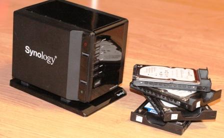 Cамый маленький в мире NAS Synology DS409slim