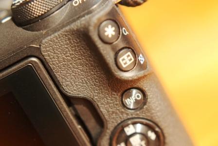Canon EOS M50 кнопки
